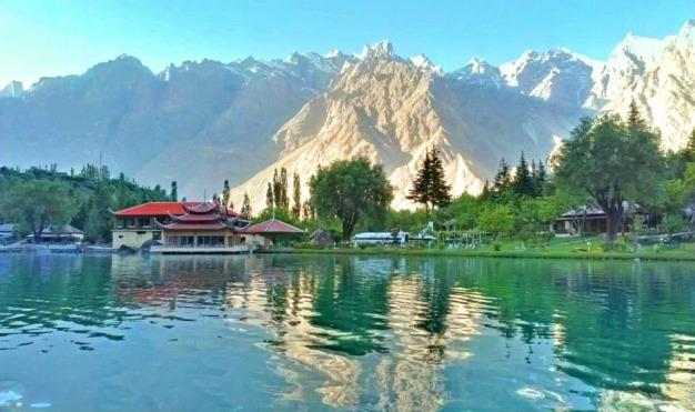 lower Kachura lake - Shangrilla Resort