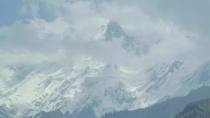 Rakaposhi peaks - camera zoom