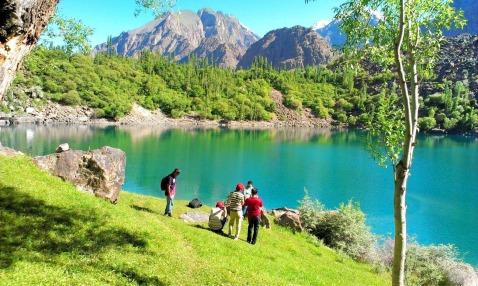 The stunning Upper Kachura Lake